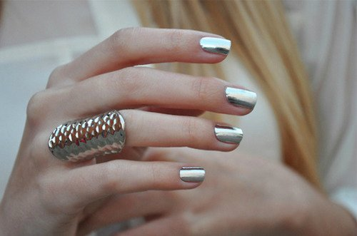 541380 As unhas metalizadas são excelentes opções para o réveillon. Foto divulgação Unhas decoradas Réveillon 2012 2013