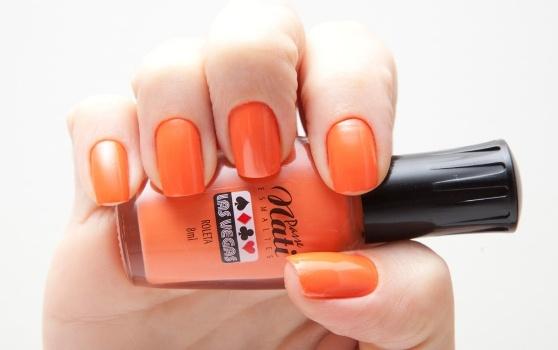 541936 Escolha a tonalidade que mais lhe agrada. Foto divulgação Esmaltes em tons de laranja e coral verão 2013