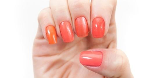 541936 Os tons de laranja e coral estão entre as tendências da moda para 2013. Foto divulgação Esmaltes em tons de laranja e coral verão 2013