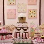 542070 Decoração de aniversário infantil tema cupcakes 150x150 Decoração de aniversário infantil tema cupcakes