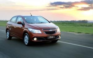 GM Onix, substituto do Corsa: fotos, preços