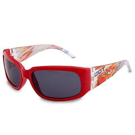 Bolsas ,cinto e óculos de desenhos são preferências entre as ... 93a4789fdf