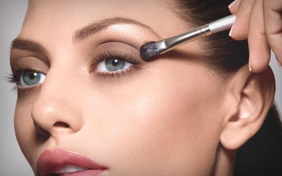 544833 Aposte no uso de maquiagens hipoalergênicas. Foto divulgação Produtos de maquiagem hipoalergênicos: dicas
