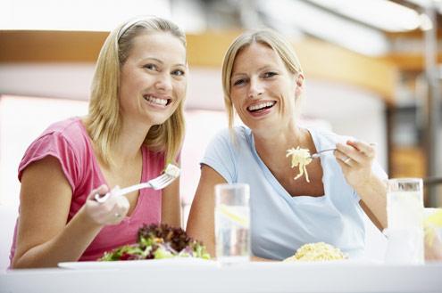 548050 Os pratos do restaurante devem levar em consideração o gosto da população local. Foto divulgação Dicas para planejar o prato do restaurante