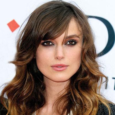 549254 Escolha o modelo de franja que mais combina com seu rosto. Foto divulgação Franjas para cabelo cacheado: fotos