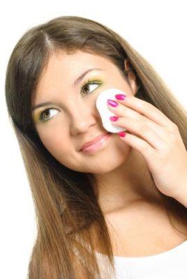 551960 Maquiagem dos olhos cuidados2 Maquiagem dos olhos: cuidados