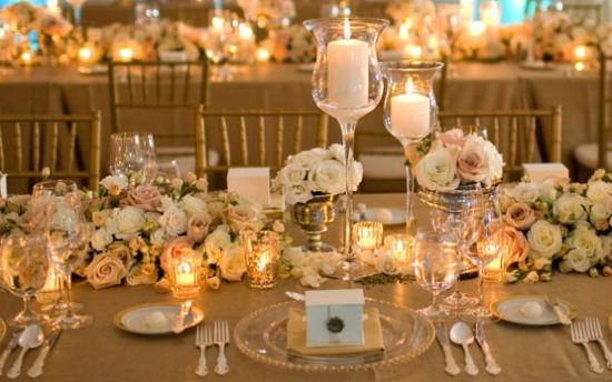 decoracao branca casamento: branca com dourado. Foto divulgação Decoração de casamento dourado
