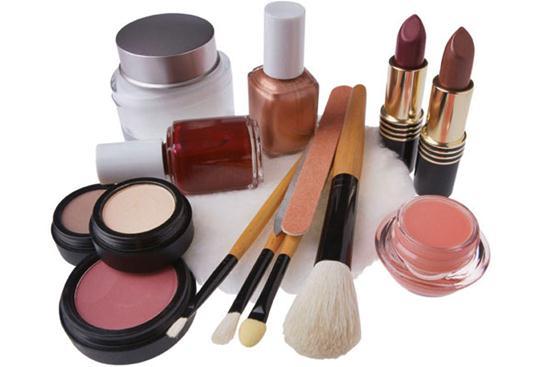 553013 marcas que possuem maquiagem hipoalergenica 1 Marcas que possuem maquiagem hipoalergênica