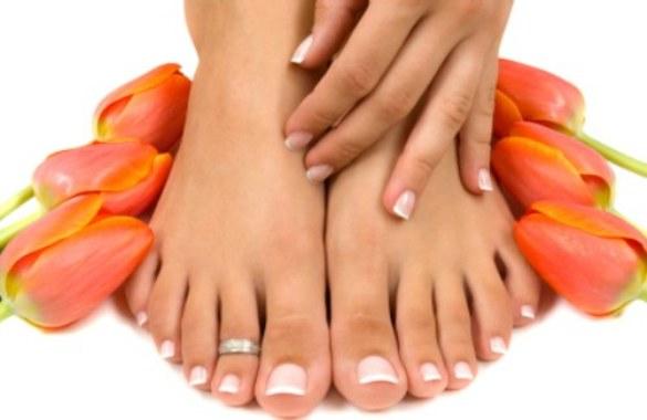 553569 A higiene dos pés é indispensável para evitar as rachaduras. Foto divulgação Rachaduras nos pés: como tratar