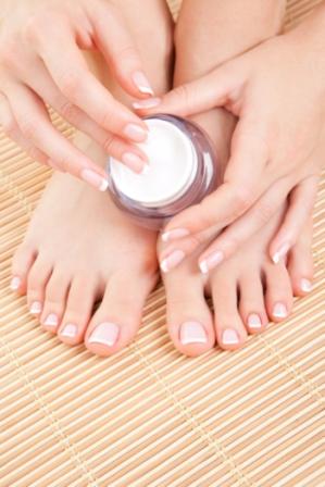 Rachaduras nos pés: como tratar