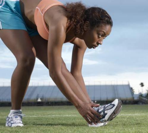 554622 A micose nos pés é conhecida como pé de atleta. Micose nos pés: como tratar