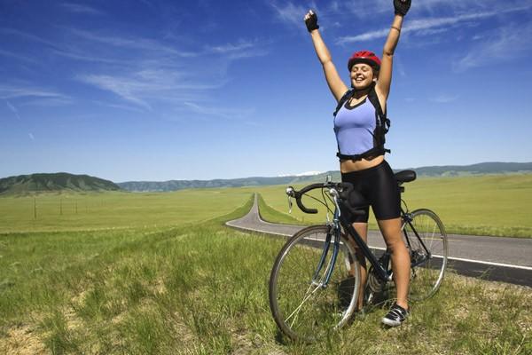 555345 A sensação de liberdade é única a cada nova pedalada. Foto divulgação Andar de bicicleta: benefícios