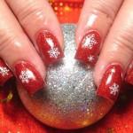 556935 Desenhos delicados e discretos são boas opções. 150x150 Unhas decoradas com motivos natalinos: fotos