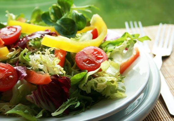 558150 Ter uma alimentação saudável é essencial para prevenir o acúmulo de gases. Foto divulgação Gases: como aliviar as dores