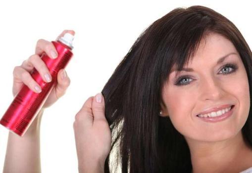 559838 Spray de brilho para o cabelo saiba mais Spray de brilho para o cabelo: saiba mais