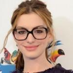 562451 famosos que usam oculos fotos 150x150 Famosos que usam óculos: fotos