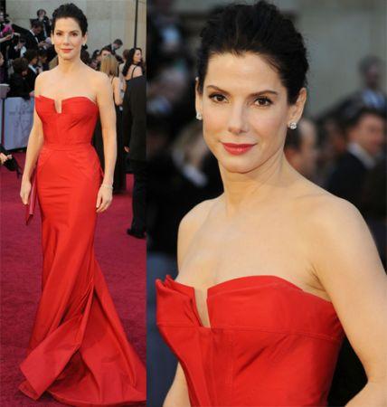 565651 Maquiagem que combina com vestido vermelho Maquiagem que combina com vestido vermelho