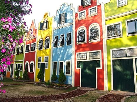 569135 Fachadas de casas coloridas 6 Fachadas de casas coloridas