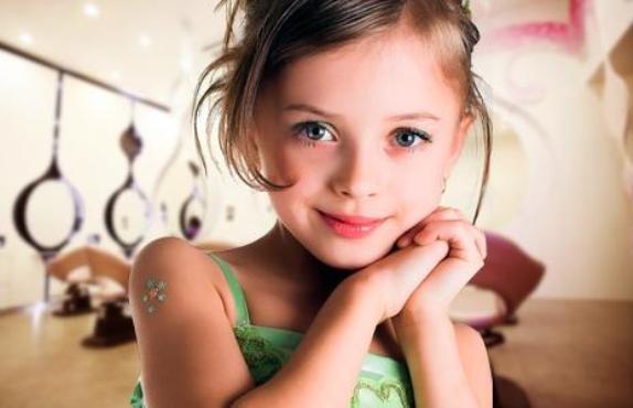 570204 Penteados infantis femininos 2013. Foto divulgação Penteados infantis: dicas, fotos