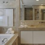 571276 Banheiro com banheira fotos 8 150x150 Banheiro com banheira: fotos