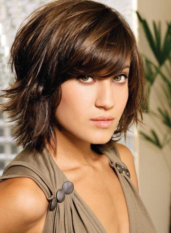572062 Os cabelos curtos podem ser usados com franjas. Foto divulgação Cortes de cabelo feminino curtos: fotos