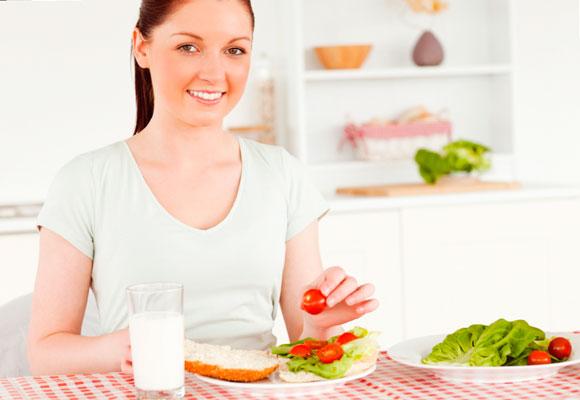 572657 Conheça algumas receitas de sanduíches light para quem está de dieta. Sanduíches light para quem está de dieta