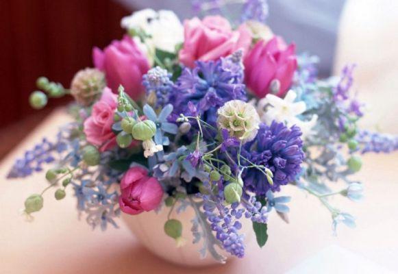 573973 Use sua imaginação para criar arranjos de flores coloridas. Foto divulgação Arranjo de flores coloridas: como fazer