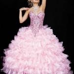 573982 Os babados podem estar presentes nos vestidos para debutantes. Foto divulgação 150x150 Vestidos de 15 anos: tendências 2013
