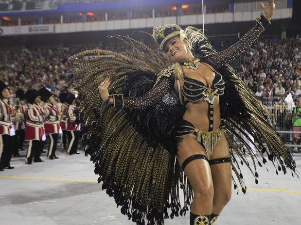 580174 Mocidade Alegre é bicampeã do Carnaval de São Paulo 02 Mocidade Alegre é bicampeã do Carnaval de São Paulo