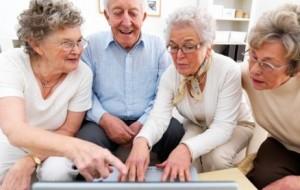 Curso gratuito de informática para idosos 2013