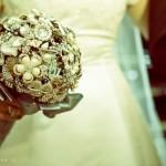 582364 A tendência para a moda noiva 2013 são os buquês de broches. 150x150 Buquê de broche: nova tendência noiva 2013