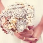 582364 Essas peças tornam a cerimônia muito mais exclusiva. 150x150 Buquê de broche: nova tendência noiva 2013