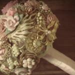 582364 Peças delicadas fazem toda diferença. 150x150 Buquê de broche: nova tendência noiva 2013