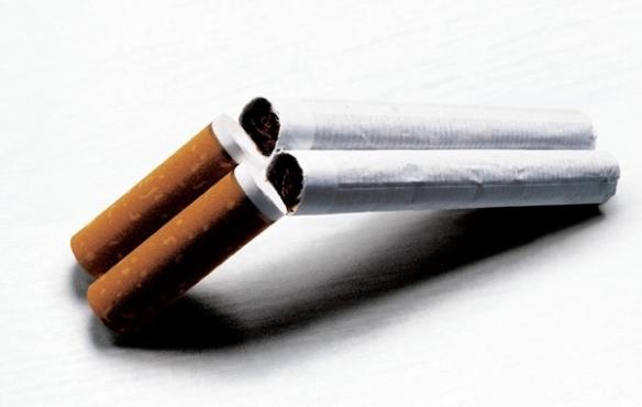 583222 O cigarro causa muitos danos à saúde. Foto divulgação Remédio caseiro para parar de fumar