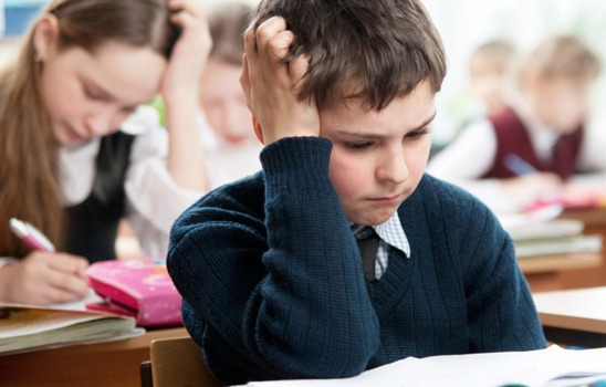 585023 Vários fatores podem prejudicar o rendimento escolar da criança. Foto divulgação O que pode causar o baixo rendimento escolar
