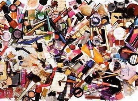 585894 Principais erros ao comprar produtos de maquiagem Principais erros ao comprar produtos de maquiagem