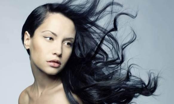 586787 Os finalizadores são grandes aliados da beleza dos cabelos. Foto divulgação Tipos de Finalizador para cabelo: como escolher o melhor