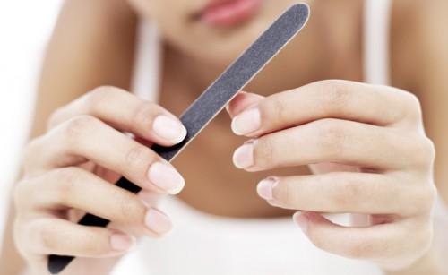 588562 As unhas podem dar sinais de probemas de saúde. Foto divulgação Manchas nas unhas: como tratar