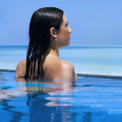 589309 Como cuidar dos cabelos depois do cloro da piscina.3 Como cuidar dos cabelos depois do cloro da piscina