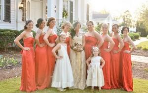 O que as madrinhas devem evitar ao escolher o vestido