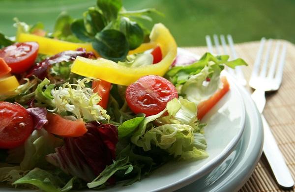 594426 frutas e legumes Vegetais e frutas: safra de abril