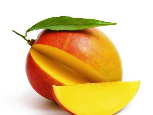 595660 A manga é rica em nutrientes essenciais para nosso corpo. Foto divulgação Manga com leite faz bem à saúde