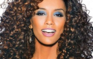 Maquiagem para valorizar pele negra: dicas