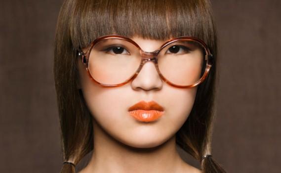 601364 O modelo deve cominar com seu estilo. Foto divulgação Óculos de grau: dicas para escolher armação