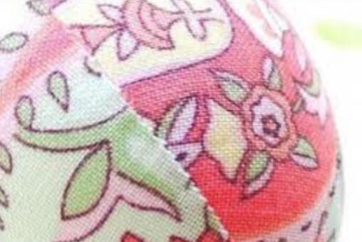 601995 Como decorar ovos de pascoa com tecidos Como decorar ovos de Páscoa com tecidos