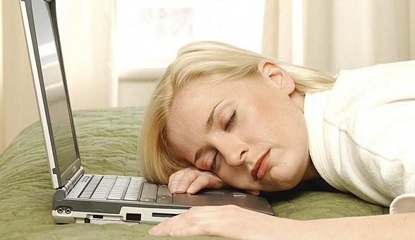 602122 O sono em excesso pode prejudicar o nosso desempenho durante o dia. Foto divulgação Truques para acabar com o sono