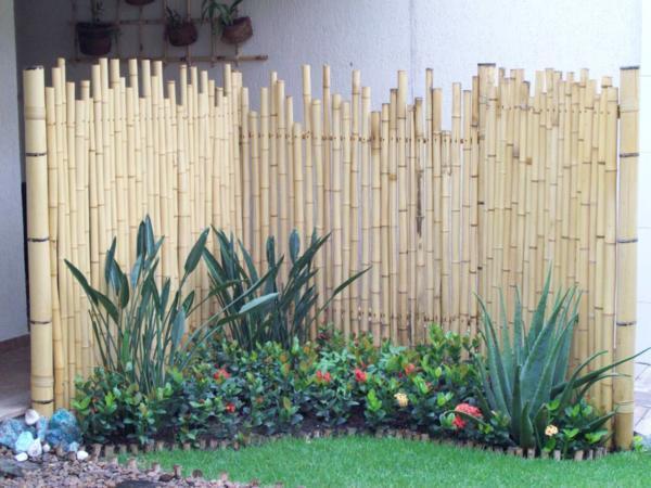 decoracao muros jardim:604119 decoracao de jardim com bambu 1 Decoração de jardim com bambu