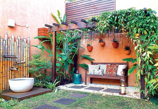 decoracao muros jardim:604119 decoracao de jardim com bambu 2 Decoração de jardim com bambu