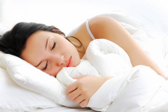 605586 Quem trabalha durante a noite precisa dormir bem durante o dia. Foto divulgação Trabalho noturno, dicas para adaptação