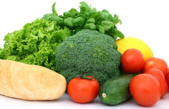 608186 Aposte nos alimentos de safra pois são frescos e de melhor qualidade. Foto divulgação Frutas, legumes e verduras da safra de abril